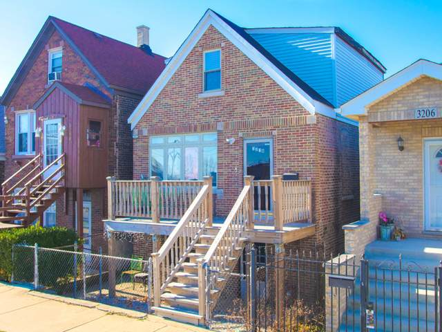 3208 S Hoyne Avenue, Chicago, IL 60608 (MLS #10955688) :: The Spaniak Team