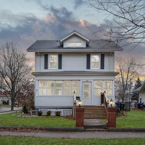 402 Woodland Avenue, Bloomington, IL 61701 (MLS #10961017) :: John Lyons Real Estate