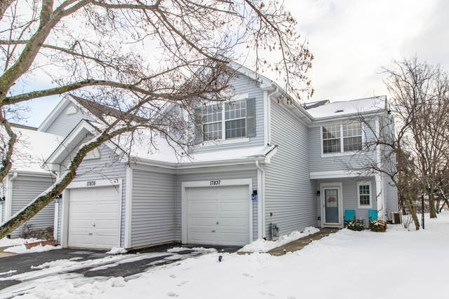 17837 W Salisbury Drive, Gurnee, IL 60031 (MLS #10965735) :: The Spaniak Team