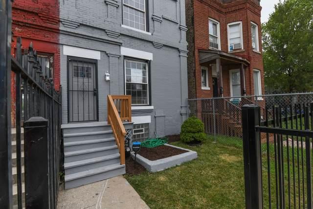 232 N La Crosse Avenue, Chicago, IL 60651 (MLS #10971239) :: Schoon Family Group