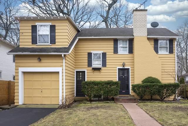 370 Winnetka Avenue, Winnetka, IL 60093 (MLS #10971629) :: Helen Oliveri Real Estate