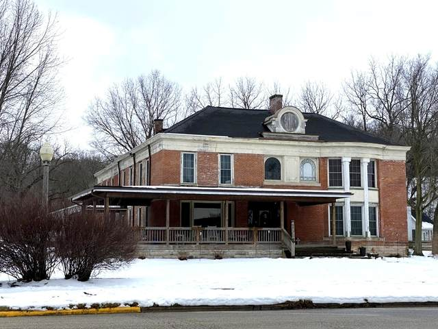 140 E Main Street, Tiskilwa, IL 61368 (MLS #10972258) :: Jacqui Miller Homes