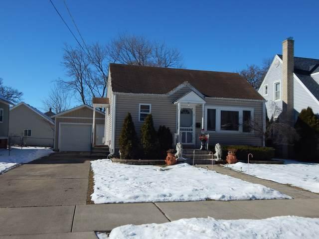 924 S Liberty Street, Elgin, IL 60120 (MLS #10972427) :: Jacqui Miller Homes
