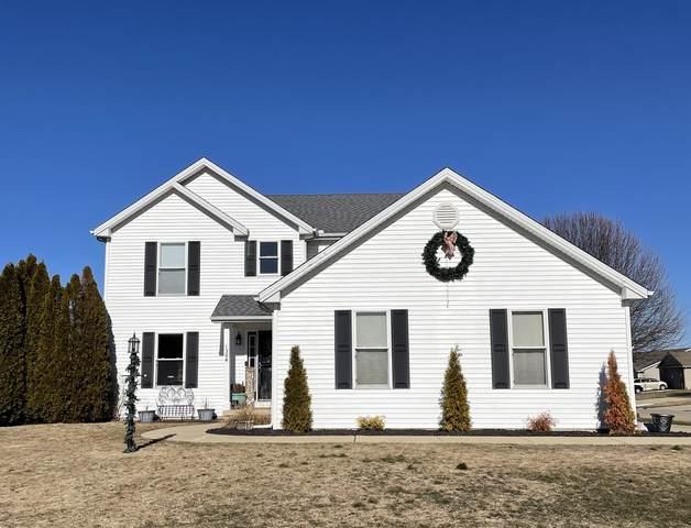 1304 Devonshire Drive, MONTICELLO, IL 61856 (MLS #10976041) :: Ryan Dallas Real Estate