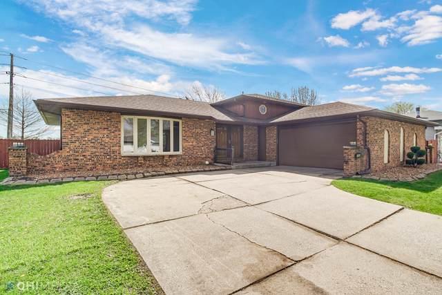 7453 Pierce Place, Merrillville, IN 46410 (MLS #10981998) :: Helen Oliveri Real Estate