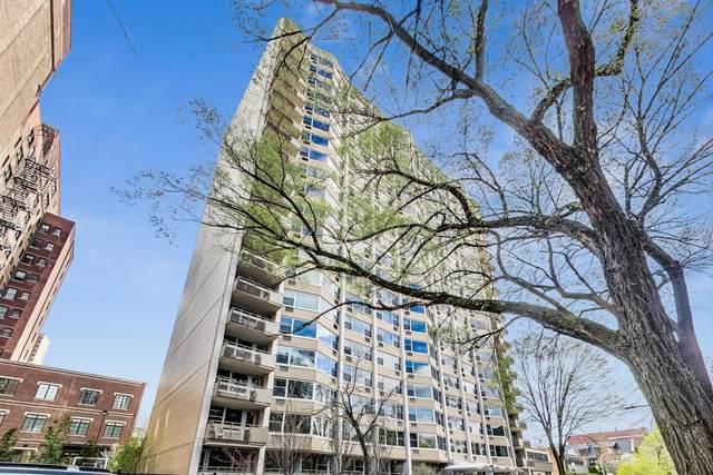 555 W Cornelia Avenue #101, Chicago, IL 60657 (MLS #10990089) :: Helen Oliveri Real Estate