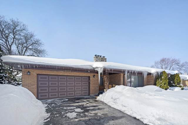 6628 N Kolmar Avenue, Lincolnwood, IL 60646 (MLS #10995748) :: RE/MAX Next