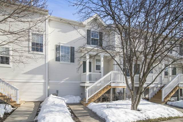 1534 Grand Drive 201-4, Dekalb, IL 60115 (MLS #11011308) :: RE/MAX IMPACT