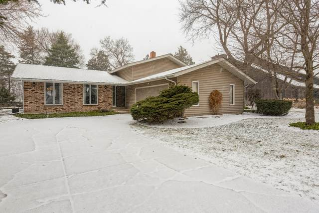 620 Green Brier Lane, Crystal Lake, IL 60014 (MLS #11025239) :: RE/MAX IMPACT