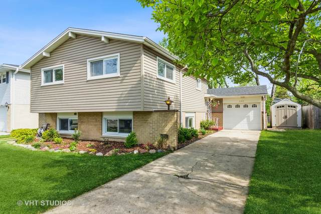 240 Brentwood Drive, Des Plaines, IL 60016 (MLS #11030079) :: BN Homes Group