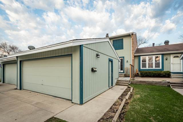 302 Colony Green Drive, Bloomingdale, IL 60108 (MLS #11038835) :: RE/MAX IMPACT