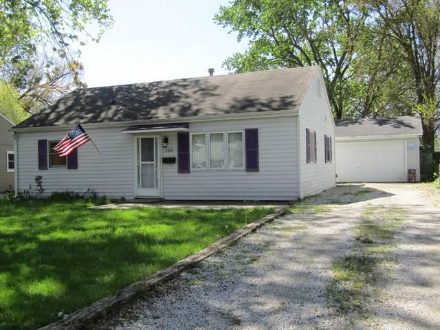 1324 Sunset Drive, Rantoul, IL 61866 (MLS #11041798) :: Ryan Dallas Real Estate