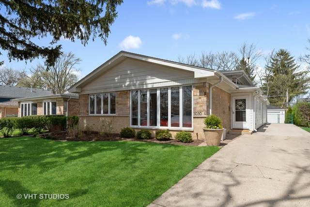 3030 Hill Street, Wilmette, IL 60091 (MLS #11052337) :: Helen Oliveri Real Estate