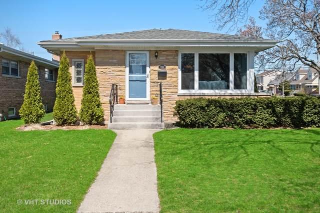 7334 W Howard Street, Niles, IL 60714 (MLS #11054478) :: Helen Oliveri Real Estate