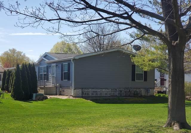 220 Fox Lane, Belvidere, IL 61008 (MLS #11068033) :: Carolyn and Hillary Homes