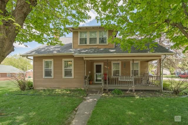 404 N Lew Street, Plano, IL 60545 (MLS #11075380) :: Helen Oliveri Real Estate