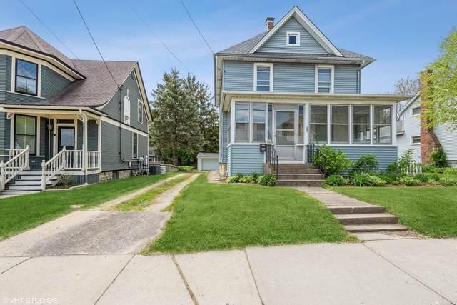 209 W Main Street, Barrington, IL 60010 (MLS #11080282) :: Helen Oliveri Real Estate