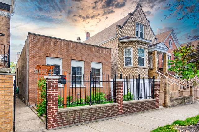 3014 S Trumbull Avenue, Chicago, IL 60623 (MLS #11083231) :: Littlefield Group