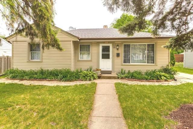 223 N William Street, Mount Prospect, IL 60056 (MLS #11103265) :: John Lyons Real Estate