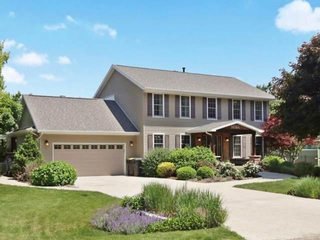 16164 Raintree Road, Bloomington, IL 61705 (MLS #11110037) :: Jacqui Miller Homes