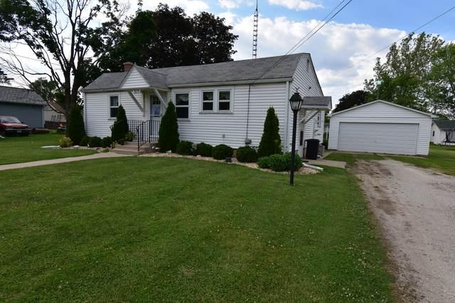 317 W Hall Street, Sandwich, IL 60548 (MLS #11110692) :: BN Homes Group