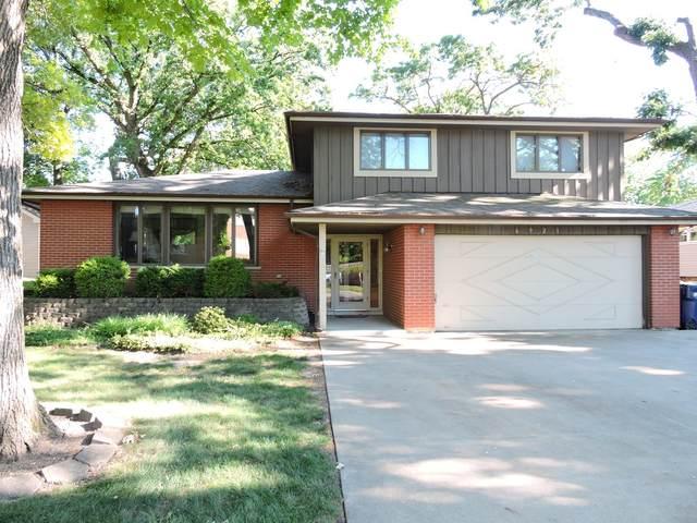 6921 W 109th Street, Worth, IL 60482 (MLS #11117990) :: Jacqui Miller Homes