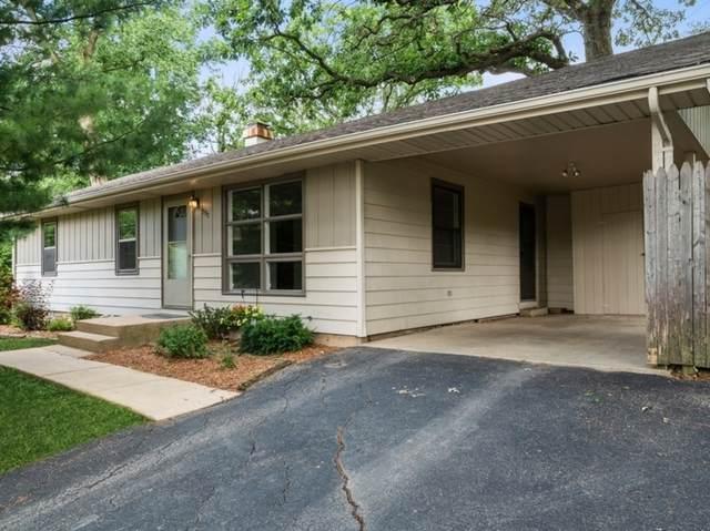 590 Banbury Road, Mundelein, IL 60060 (MLS #11134608) :: O'Neil Property Group
