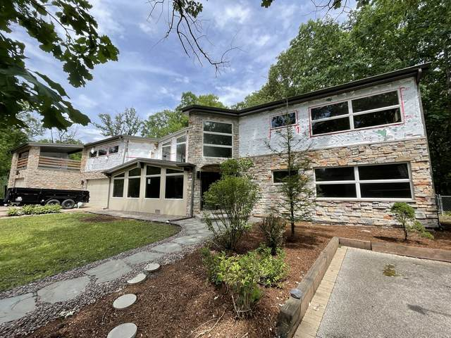 1365 Indian Trail Drive, Riverwoods, IL 60015 (MLS #11137574) :: Jacqui Miller Homes