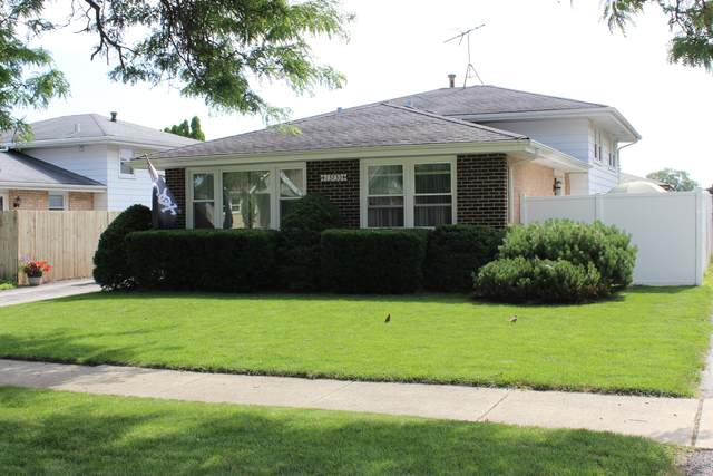 13733 Lavergne Avenue, Crestwood, IL 60418 (MLS #11144894) :: O'Neil Property Group