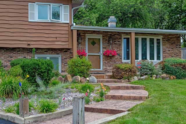 722 Highland Road, Mundelein, IL 60060 (MLS #11146408) :: O'Neil Property Group