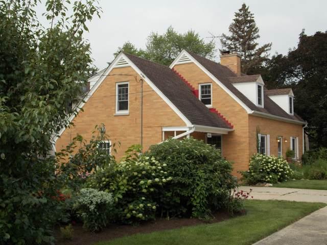 621 N Prairie Avenue, Mundelein, IL 60060 (MLS #11165047) :: Jacqui Miller Homes