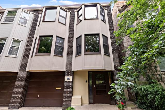 5449 S Kenwood Avenue, Chicago, IL 60615 (MLS #11168452) :: Jacqui Miller Homes