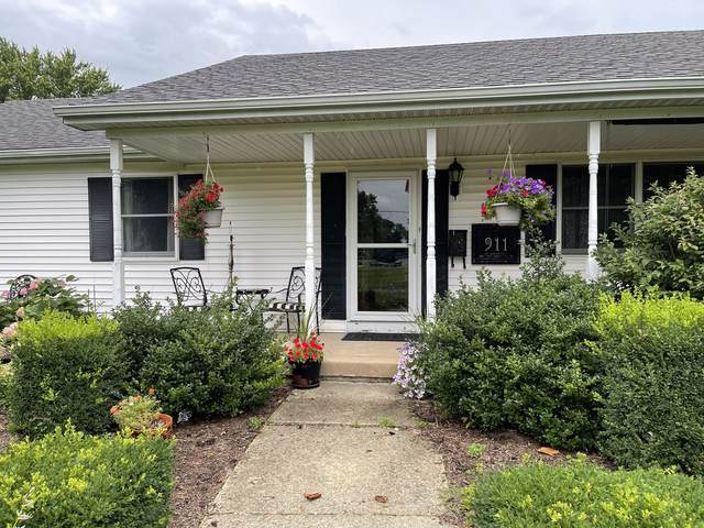 911 N White Street, LEROY, IL 61752 (MLS #11169088) :: The Wexler Group at Keller Williams Preferred Realty