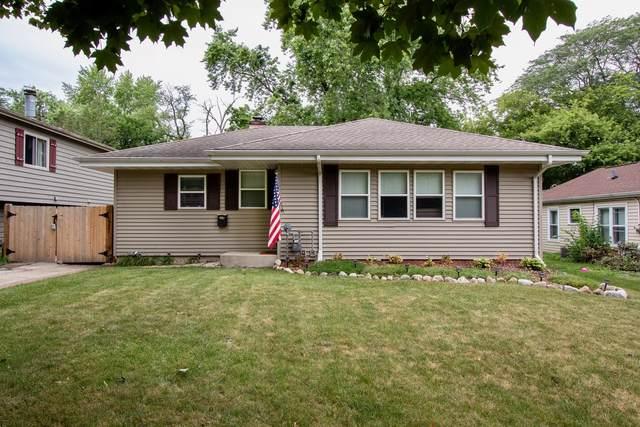 134 N Pershing Avenue N, Mundelein, IL 60060 (MLS #11174730) :: Carolyn and Hillary Homes