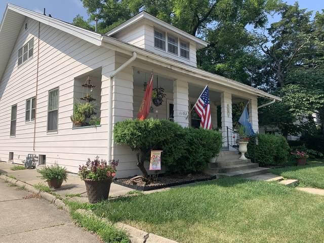 1103 E Washington Street, Bloomington, IL 61701 (MLS #11191679) :: John Lyons Real Estate