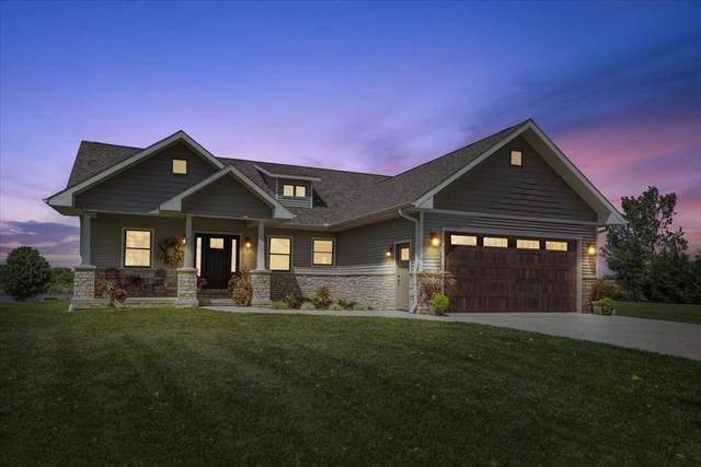 241 N 2250 E Road, Paxton, IL 60957 (MLS #11196795) :: Lewke Partners - Keller Williams Success Realty