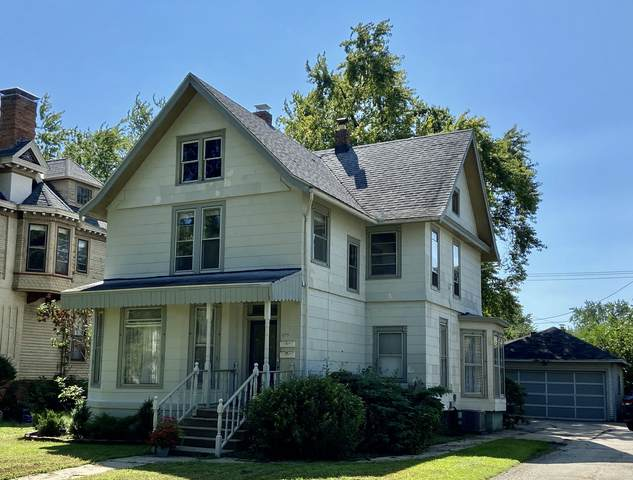 1015 E Jefferson Street, Bloomington, IL 61701 (MLS #11206144) :: The Wexler Group at Keller Williams Preferred Realty