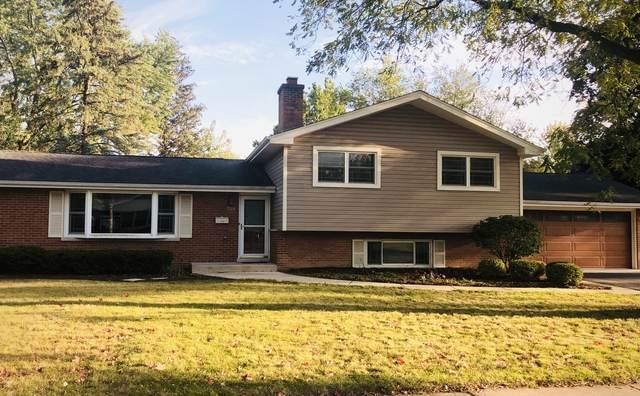 328 Spruce Drive, Naperville, IL 60540 (MLS #11223352) :: John Lyons Real Estate