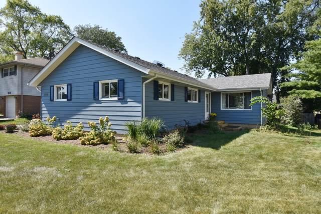 208 Vernon Avenue, Wheaton, IL 60187 (MLS #11223783) :: Littlefield Group