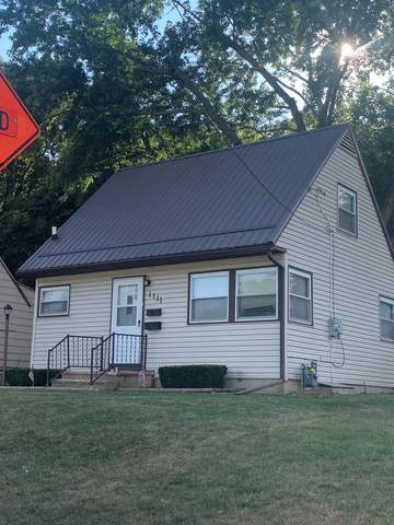 1111 Walnut Avenue, Dixon, IL 61021 (MLS #11226351) :: Littlefield Group