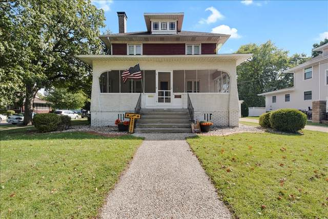 403 N Main Street, Tuscola, IL 61953 (MLS #11228577) :: Ryan Dallas Real Estate