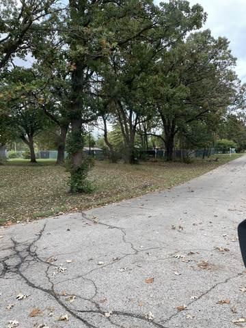 33 Holiday Drive, Somonauk, IL 60552 (MLS #11237815) :: John Lyons Real Estate