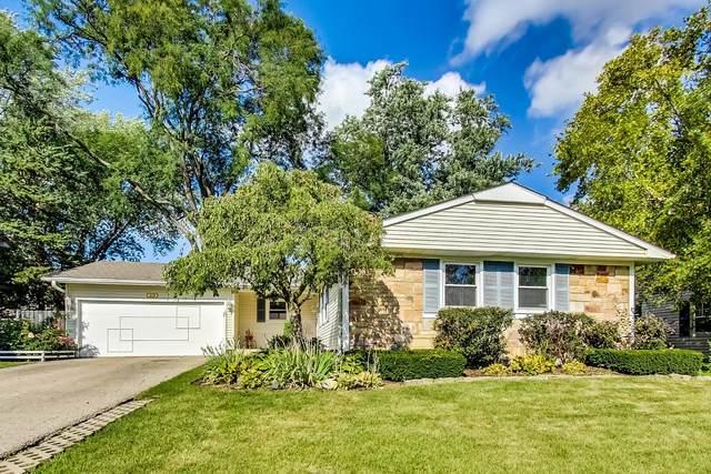 419 Regent Drive, Buffalo Grove, IL 60089 (MLS #11242812) :: John Lyons Real Estate