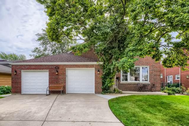 3927 W Estes Avenue, Lincolnwood, IL 60712 (MLS #11245195) :: Littlefield Group