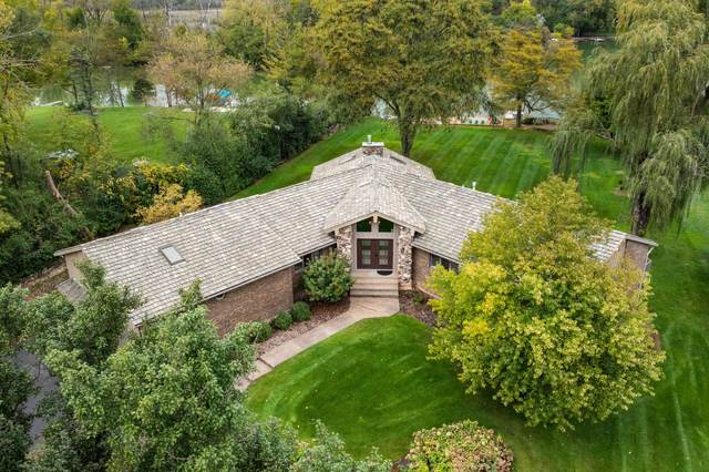 27148 W Lakeview Drive S, Lake Barrington, IL 60084 (MLS #11245706) :: Carolyn and Hillary Homes
