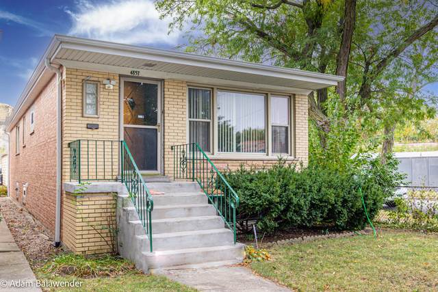 4857 W Gunnison Street, Chicago, IL 60630 (MLS #11249691) :: John Lyons Real Estate