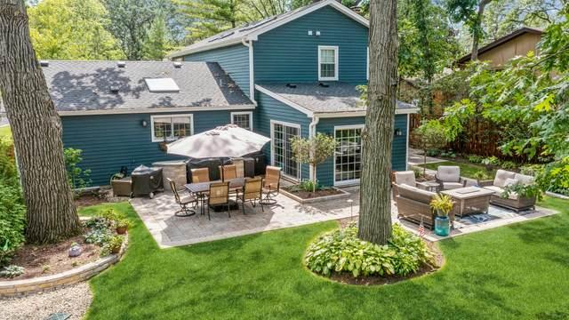 10 E Louis Avenue, Lake Forest, IL 60045 (MLS #11250230) :: John Lyons Real Estate