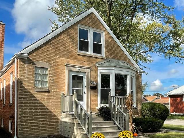 3200 Elm Avenue, Brookfield, IL 60513 (MLS #11251158) :: John Lyons Real Estate