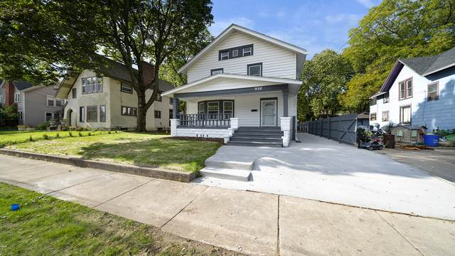 932 Ridge Avenue, Rockford, IL 61103 (MLS #11252190) :: Lewke Partners - Keller Williams Success Realty
