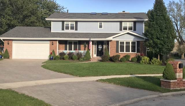 8117 Oakley Drive, Darien, IL 60561 (MLS #10939549) :: John Lyons Real Estate